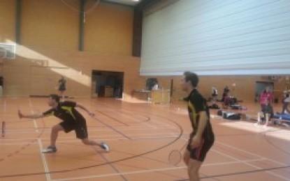 """Badminton: Die """"Erste"""" übernimmt nach zwei 6:2-Siegen die Tabellenführung"""